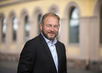 Næringsforeningen engasjerer seg i Hellefoss-saken: -Firkantet håndtert