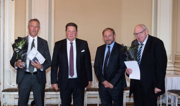 Terje Stykket og Svein Ove Pettersen, fikk Næringsforeningens Hedersmerke.